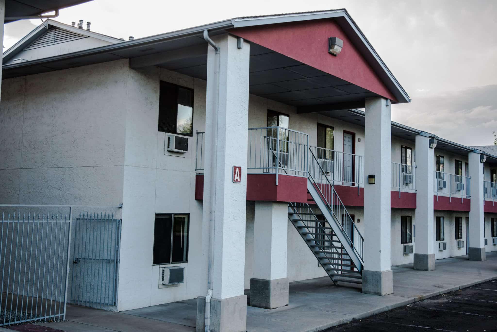 OMNI Apartments Outside