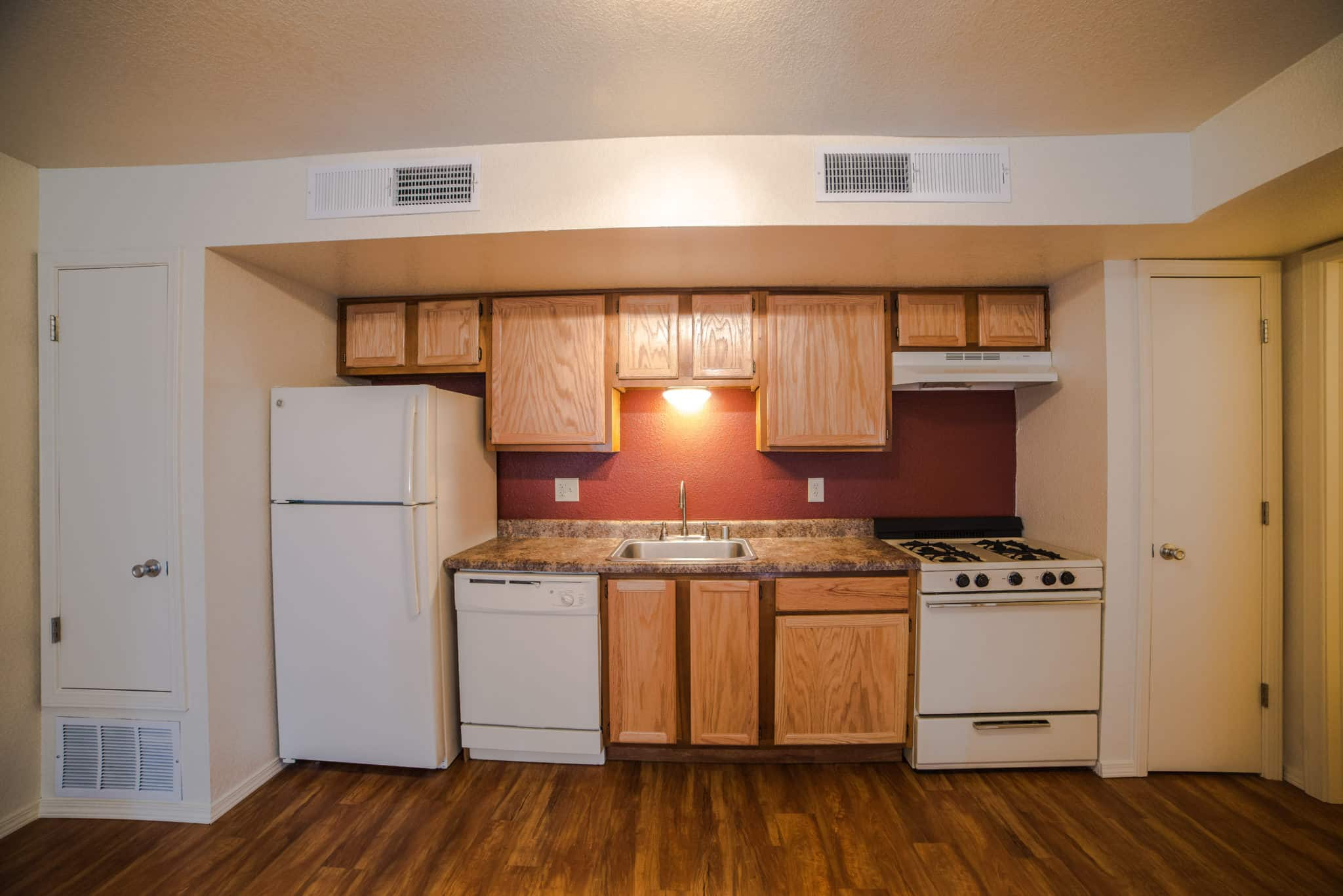 OMNI Apartments Kitchen