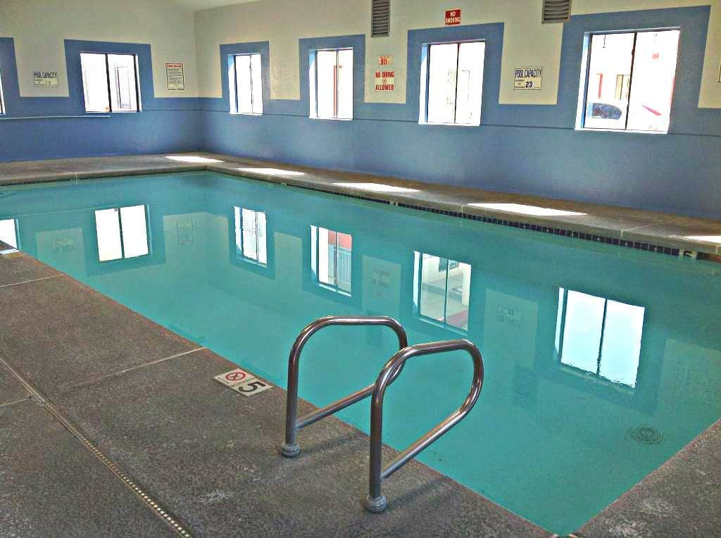 Indoor Pool LongView at OMNI Apartments